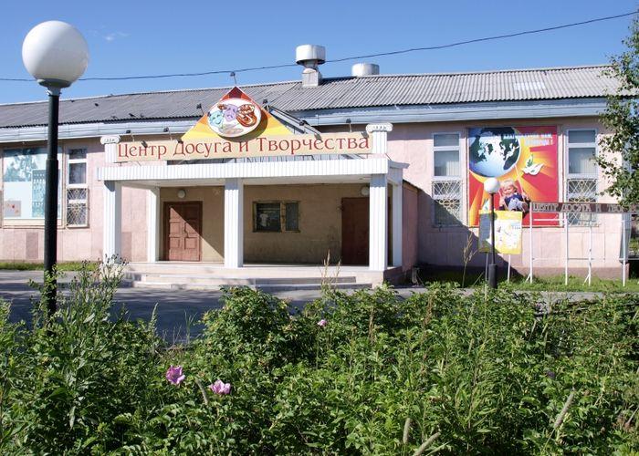 Открыт сельский клуб в п. Белый Яр