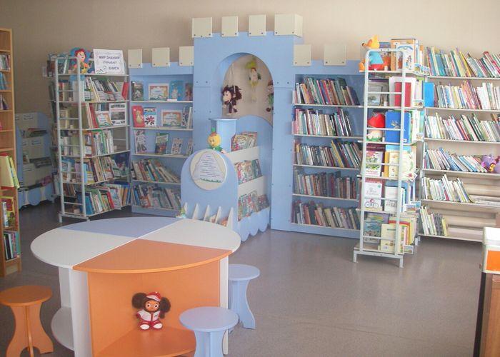 Открыта библиотека в п. Высокий Мыс
