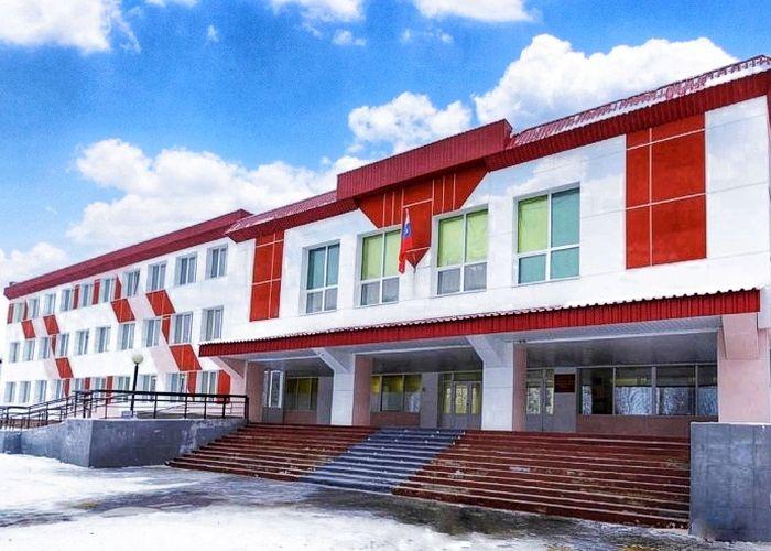 Открыта Лянторская средняя школа № 3